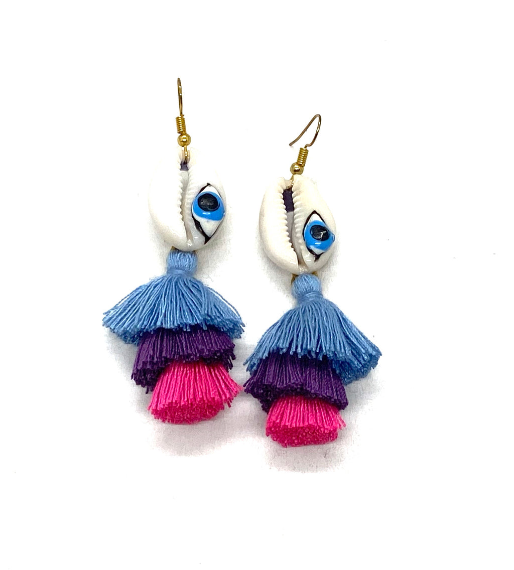 Natural shell earings, evil eye and tassel.