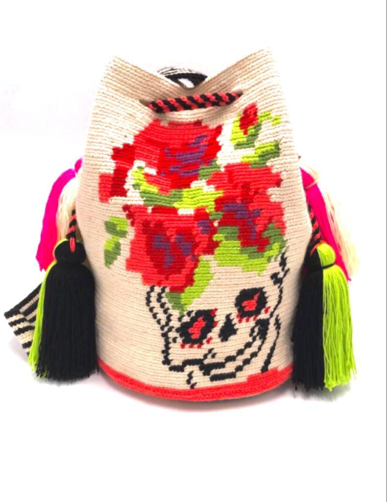 Pompom bag, skull with red roses crown