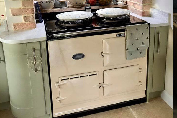 White Reconditioned Aga Range Cooker in Wiltshire