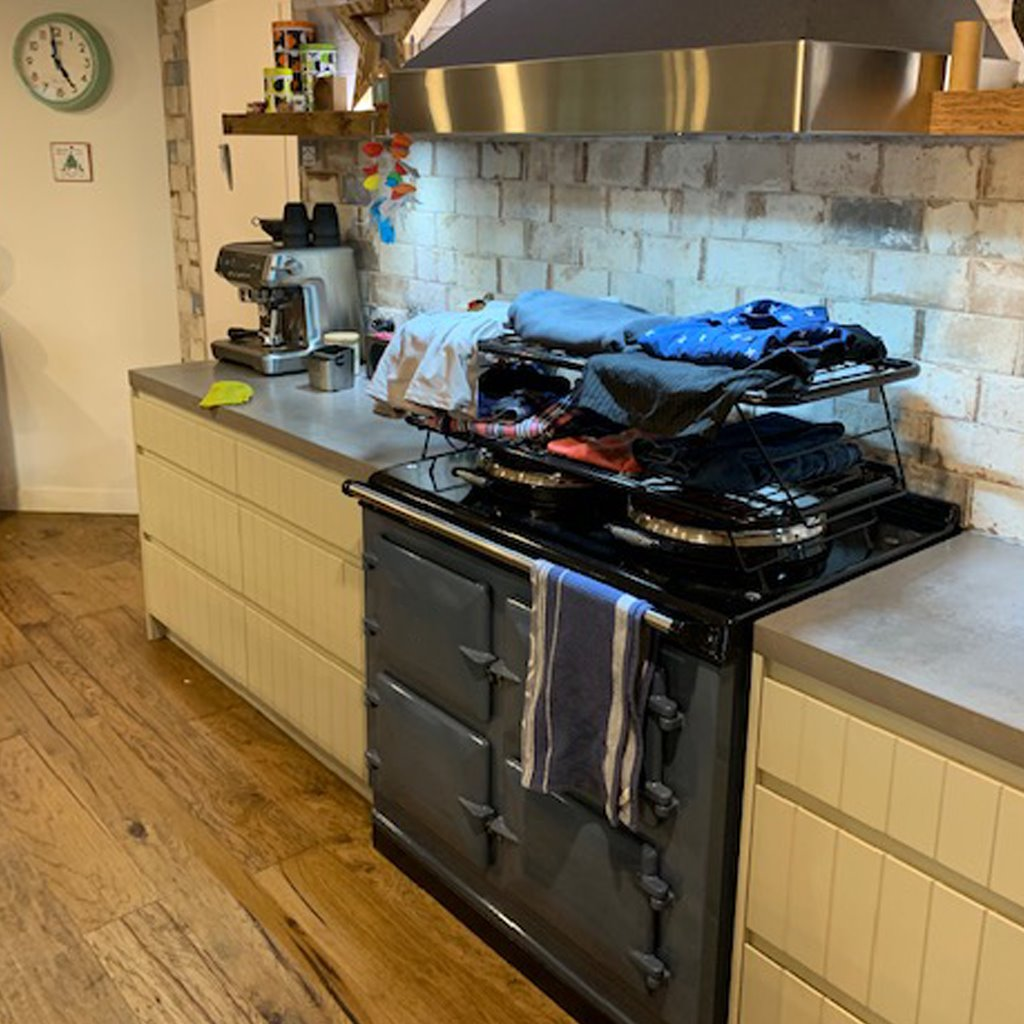 Metal drying racks suitable for use on the top of range cookers suitable for drying laundry on an Aga range cooker - for drying clothes on an Aga range cooker drying racks for drying laundry