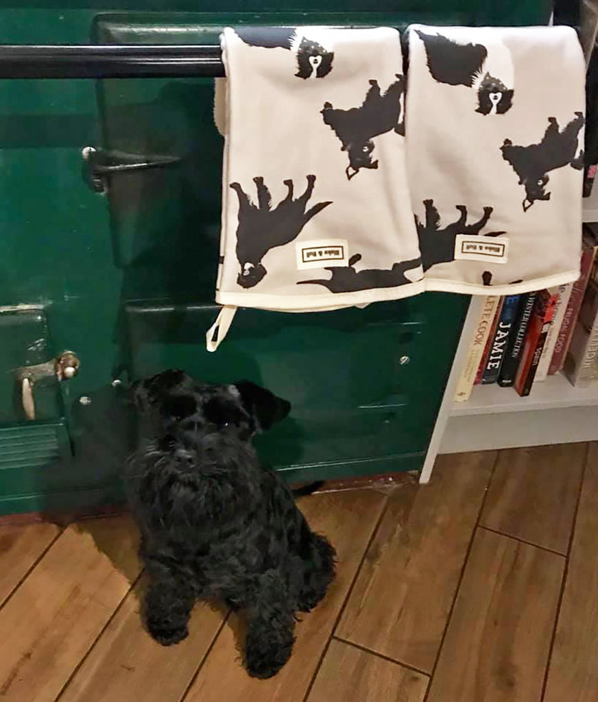 Dog patterened kitchen textiles pads suitable to use on Aga range cookers