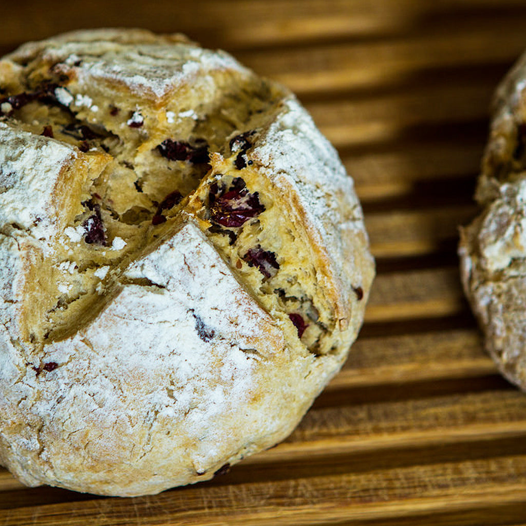 How to cook soda bread in an Aga range cooker Blake and bull UK - kitchen ware, cookware, textiles, bakeware laundry racks & drying racks, linens, refurbishment services,  spares, cleaning,  re-enamelling, recipes, baking trays, baking tins, baking goods for range cookers