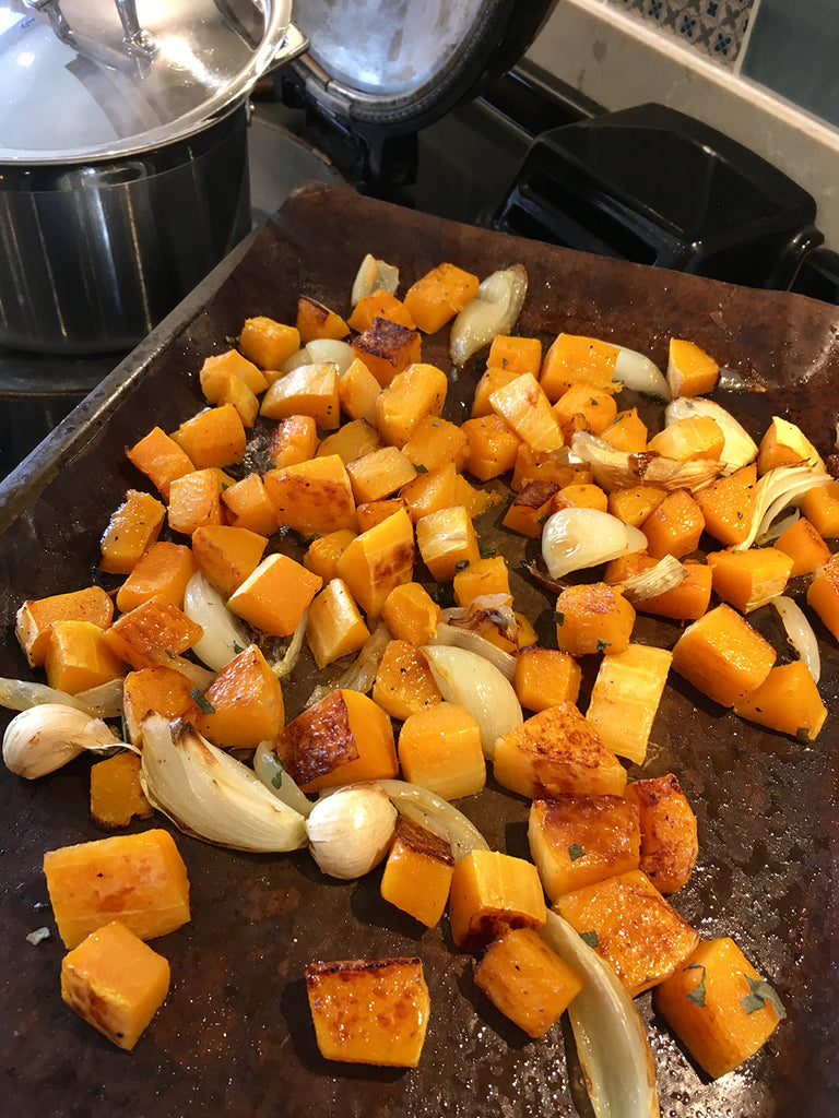 How to cook Autumn butternut pumpkin soup stock croutons in an Aga range cooker