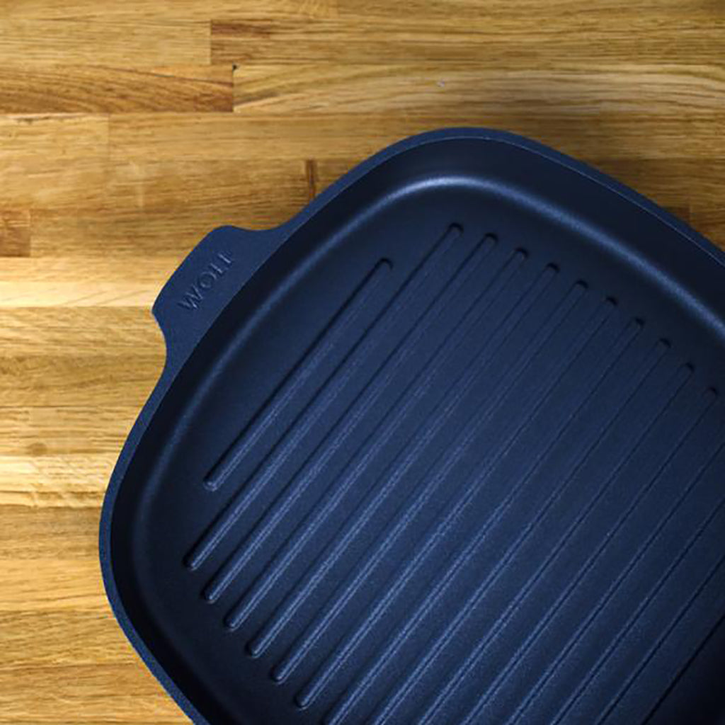 how do you griddle in and on an Aga range cooker -  Blake and bull UK kitchen ware, cookware, textiles, bakeware laundry racks & drying racks, linens, refurbishment services,  spares, cleaning,  re-enamelling, recipes, baking trays, baking tins, baking goods for range cookers