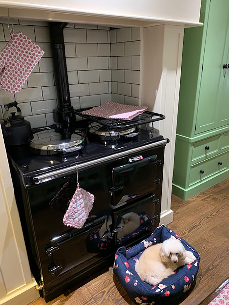 Small size drying rack to dry laundry on an Aga range cooker