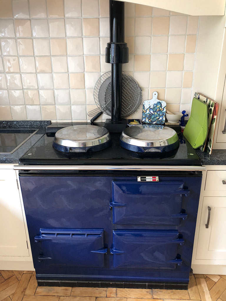 changing the colour of an Aga range cooker reconditioned Aga range cookers Aga range cooker refurbishment
