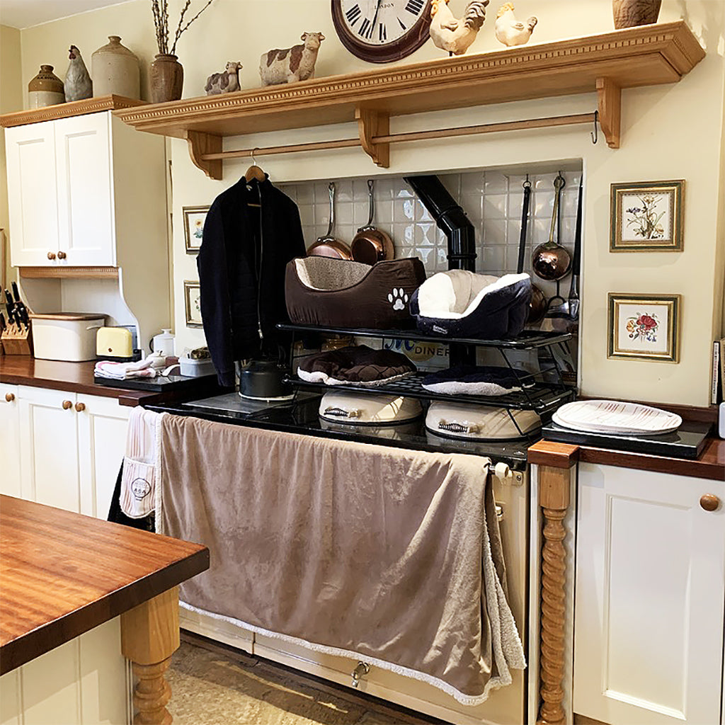 How to dry laundry safely on an Aga range cooker how to dry pet beds..