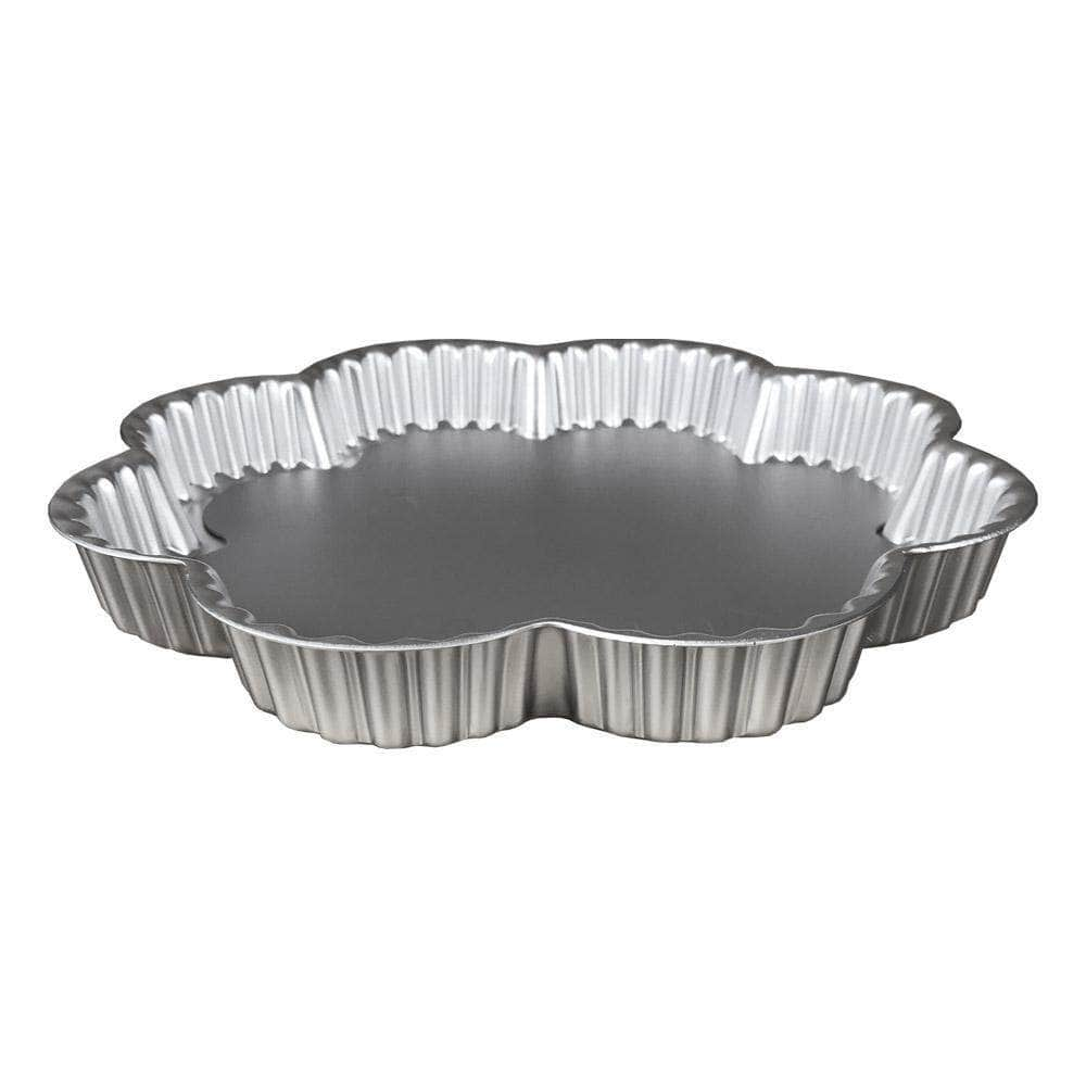 Petal shaped flan dish - 23cm wide