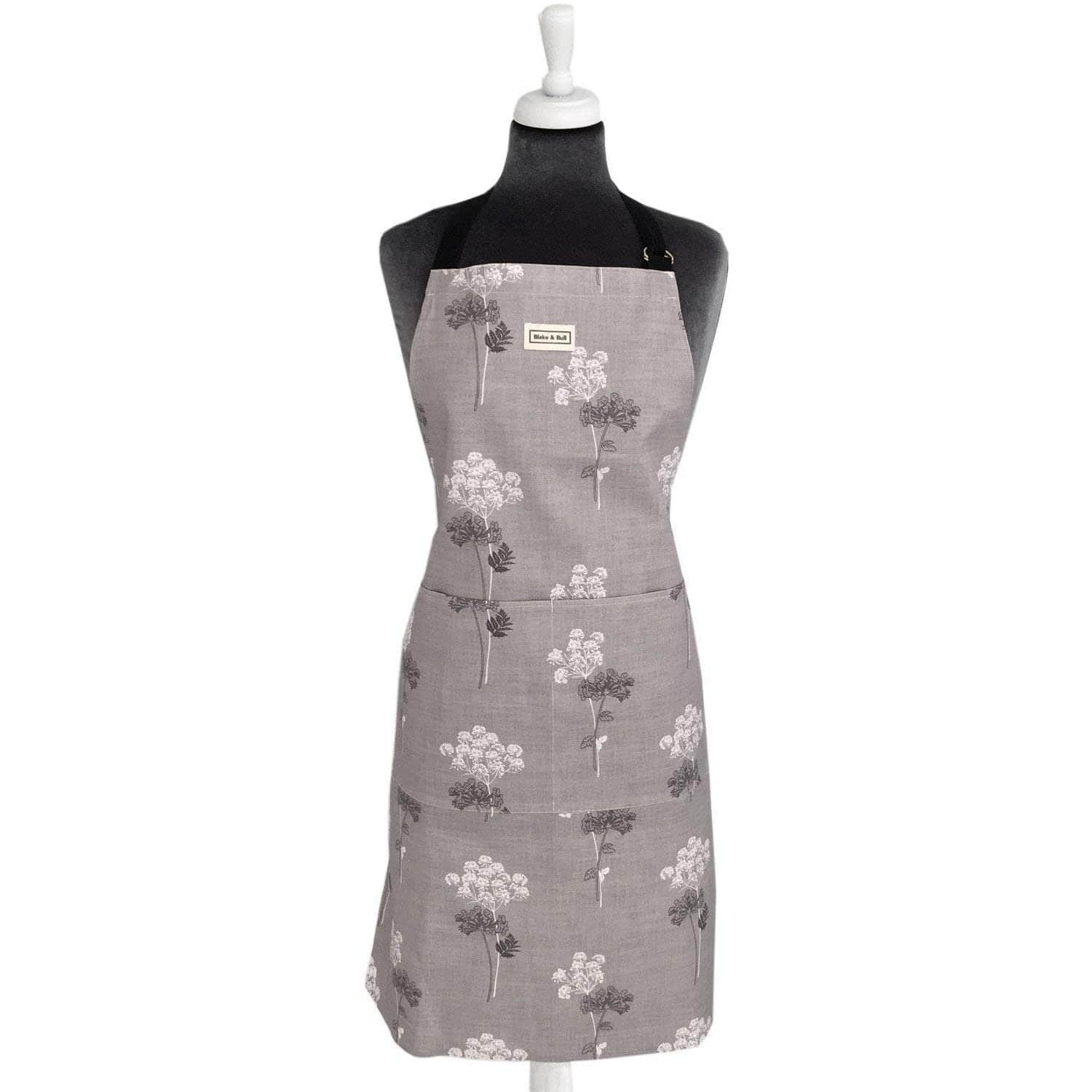 *Not quite perfect* Apron - 'Cow Parsley'