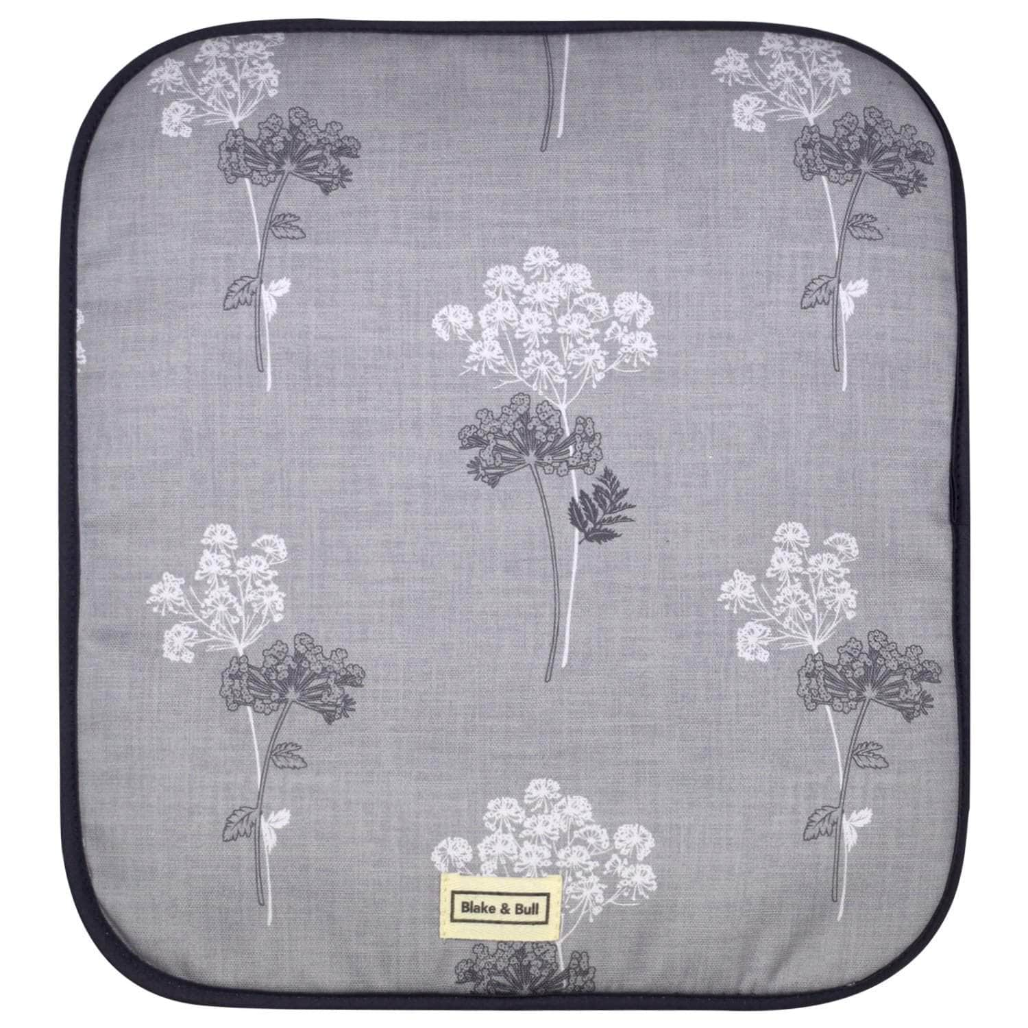 *Not quite perfect* Warming plate cover for use with Aga range cookers - 'Cow Parsley'