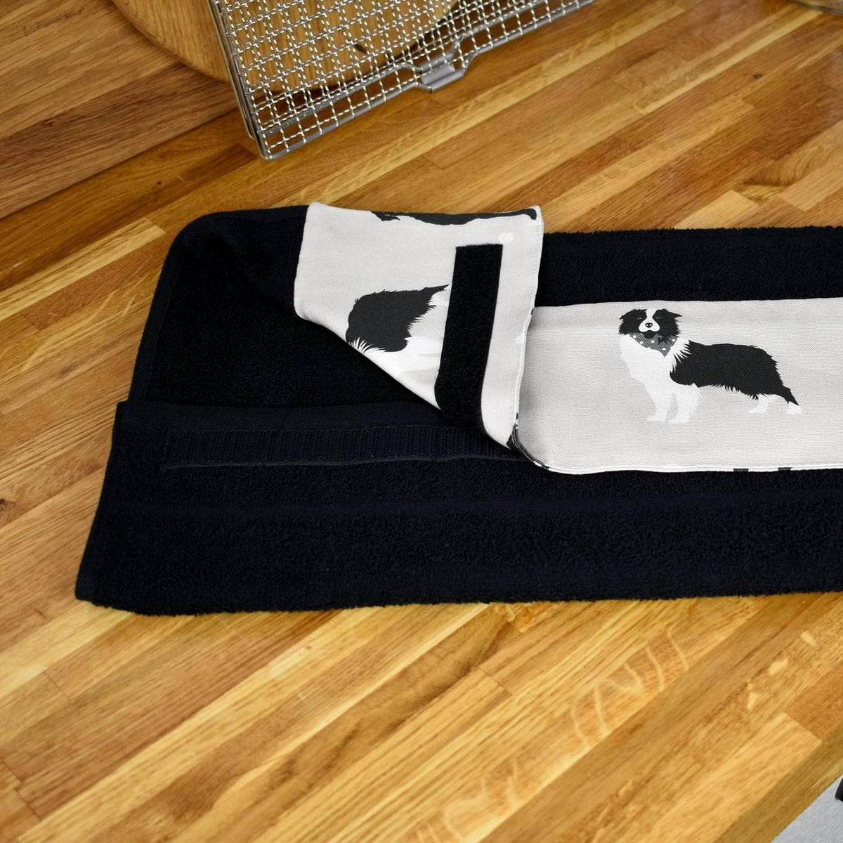 *New* Narrow (32 cm) hanging towel with velcro attachment - 'Good dog!'