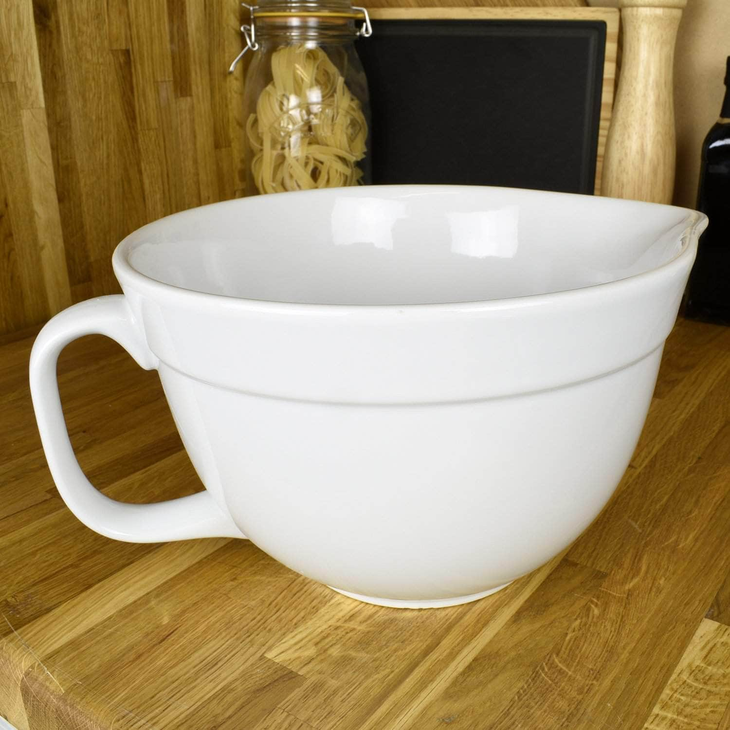 *New* Mixing bowl with handle