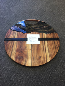 Black Beauty - Round Grazing Board with Copper Handle in Black and Gold Resin