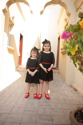 Black flower girl outfits with red