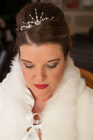 Winter wedding hair and make-up