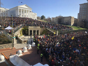 22,000 gathered and no violence occurred in the Virginia capitol