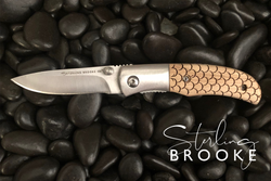Classic Small Pocket Knife - Scales