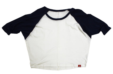 Women's raglan sleeve shirts