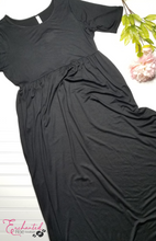 Load image into Gallery viewer, Alexandra Maxi Dress