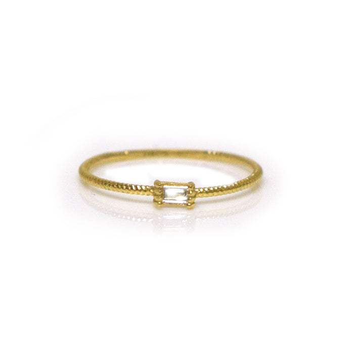 14kt Diamond Golden Grace Twist Ring