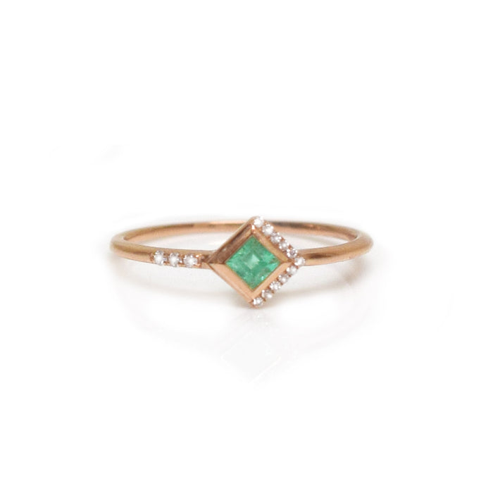 14kt Rose Gold Emerald & Diamond Mysterieux Ring