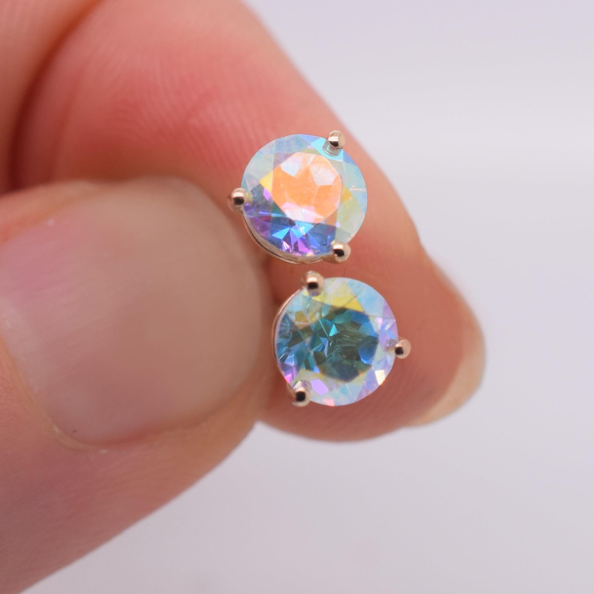 14kt Opalescent Topaz Solo Studs