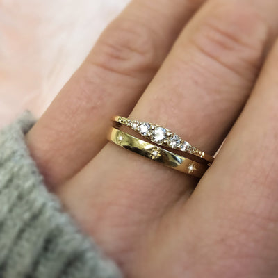 14kt Diamond Stardust Band