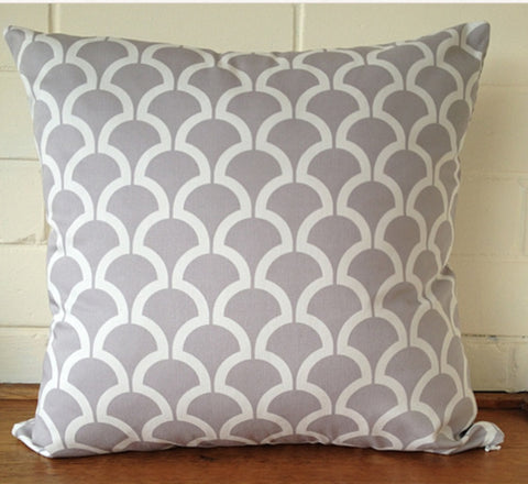 Black Eyed Susie cushion - grey billow