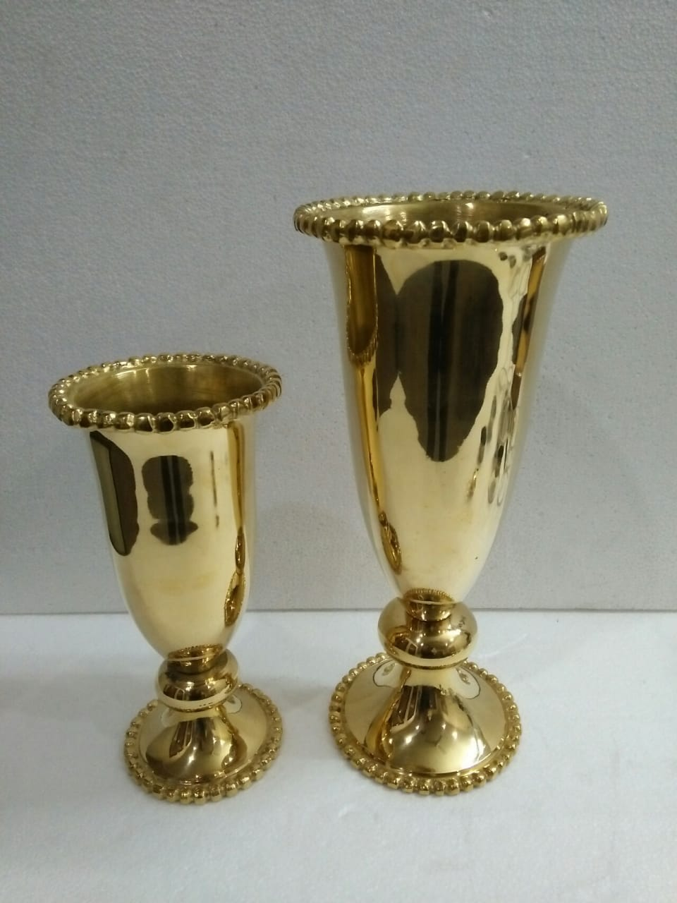 & High Polished Flower Vase \u2013 Sacristan Brass