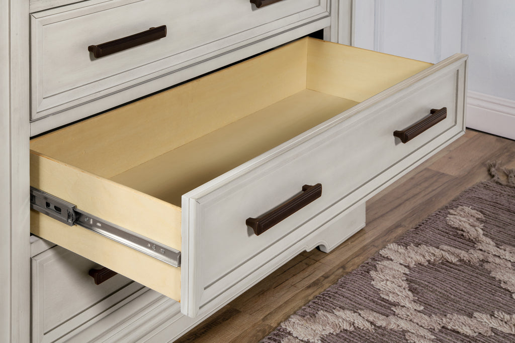B17518LF,Holloway 6-Drawer Chest in London Fog