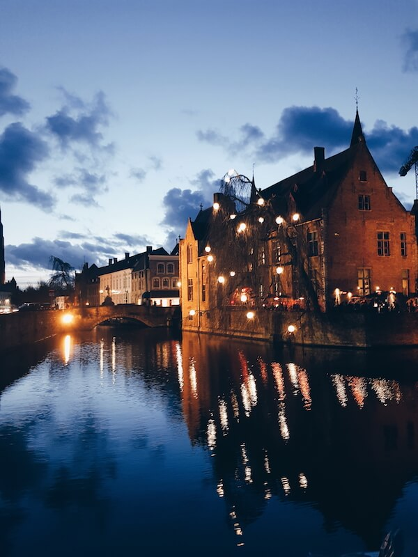 32. Galaxy S8 - Bruges - Touristy Advisor