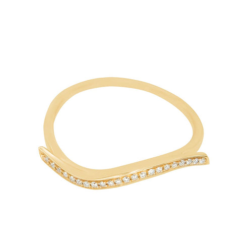 Classic Wave-Shaped Diamond Gold Ring