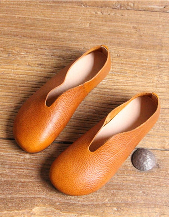 Round Head Soft Leather Retro Flat Shoes