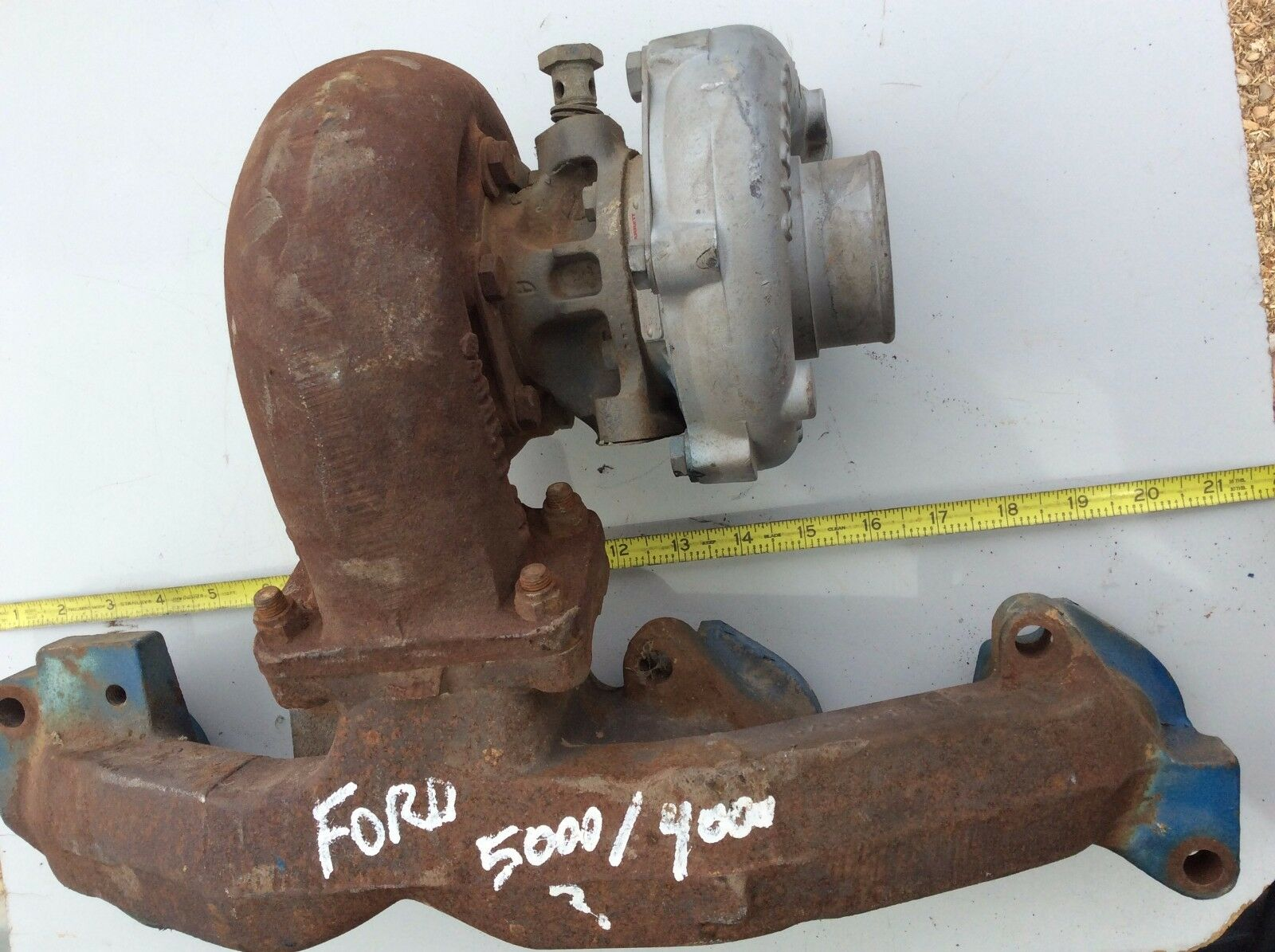 Ford/New Holland Exg Manifold 87800661 wi Garrett Turboharger M24-A/R.42 E C-3