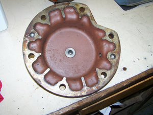 Case Inernational 1086 4366 Differential Lock Cover 104667C1