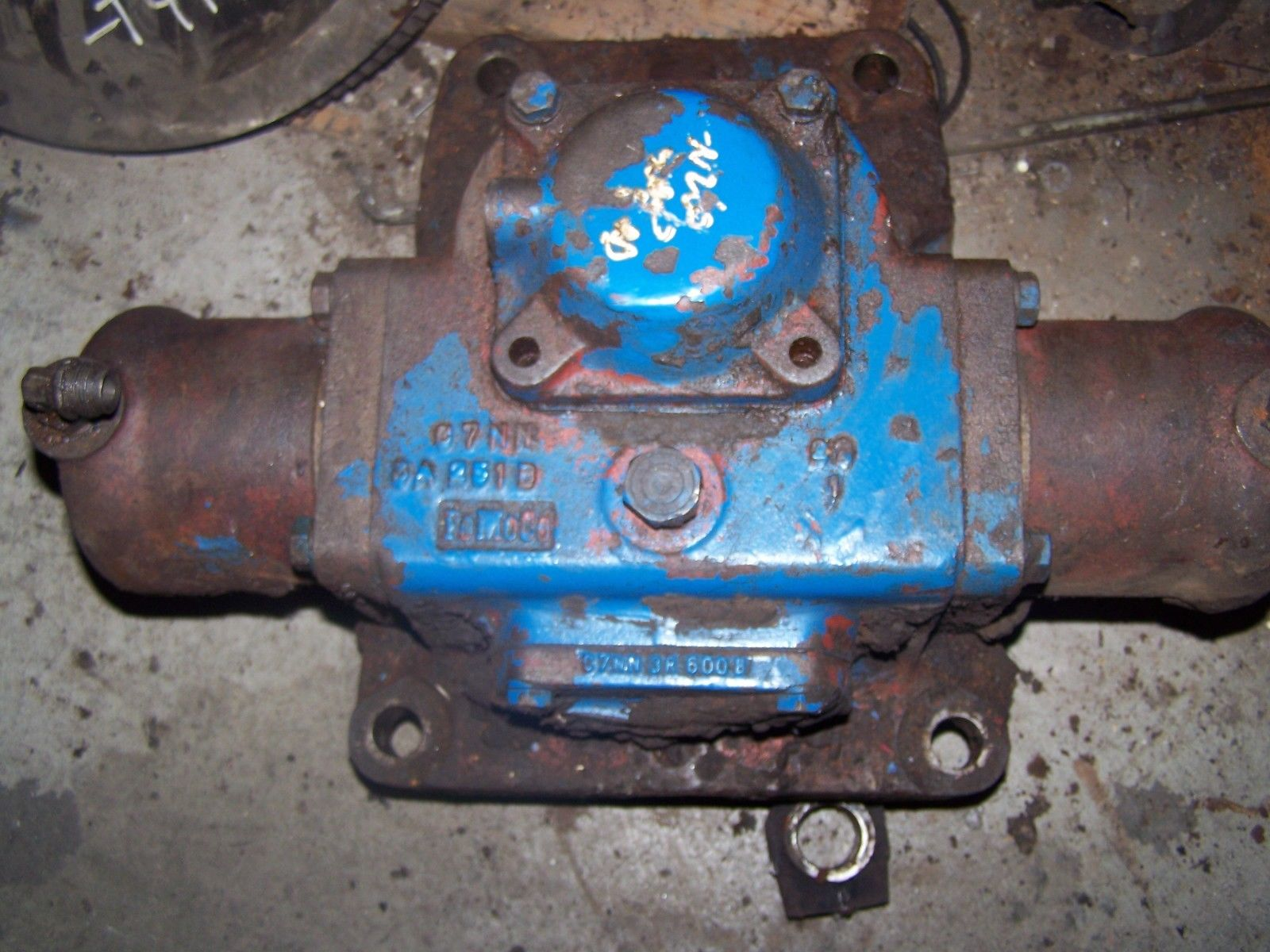 Ford 8000 Front Power Steering Motor C7NN3A244B