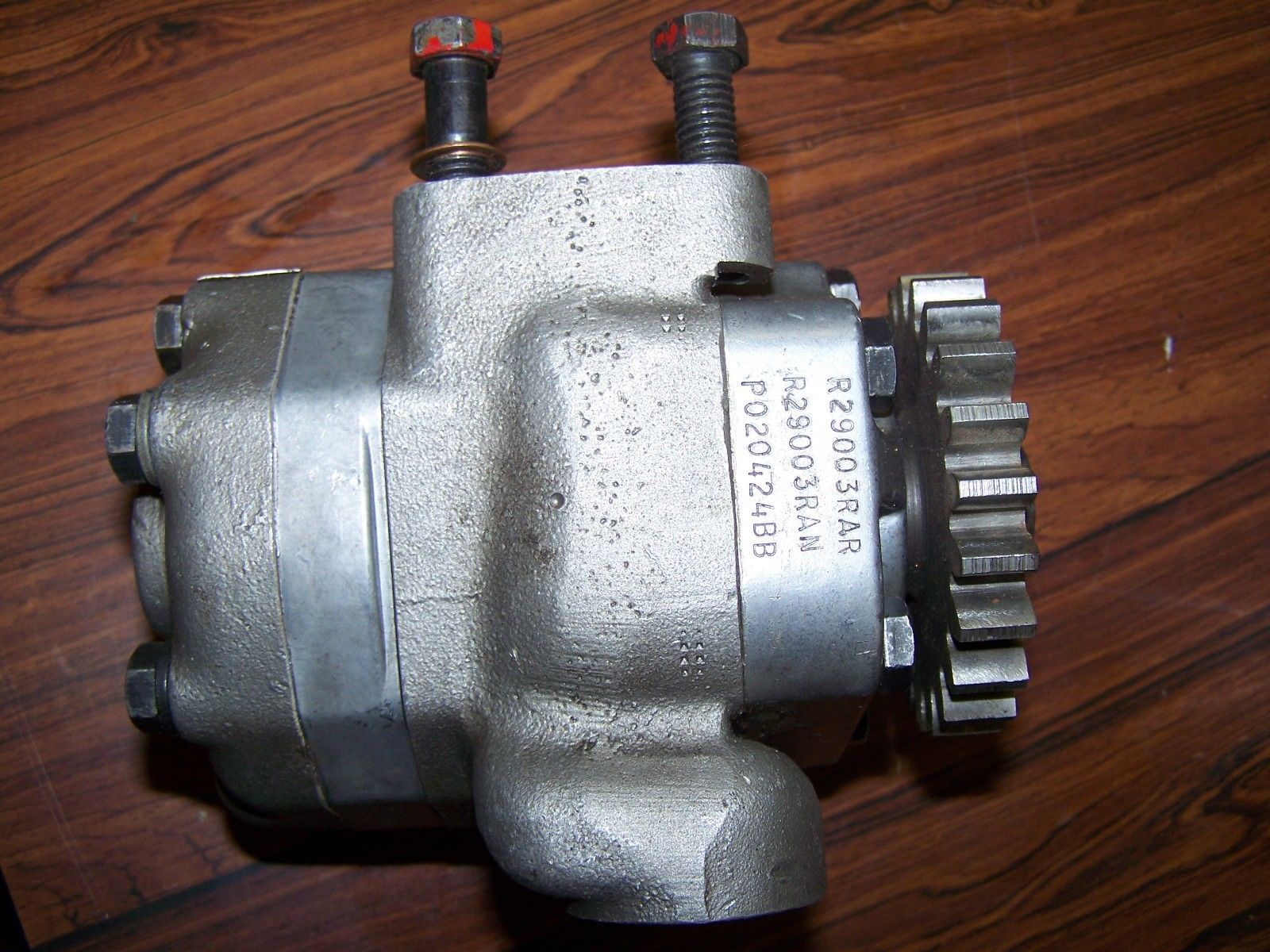 Case IH Hydraulic Pump 1949294C1