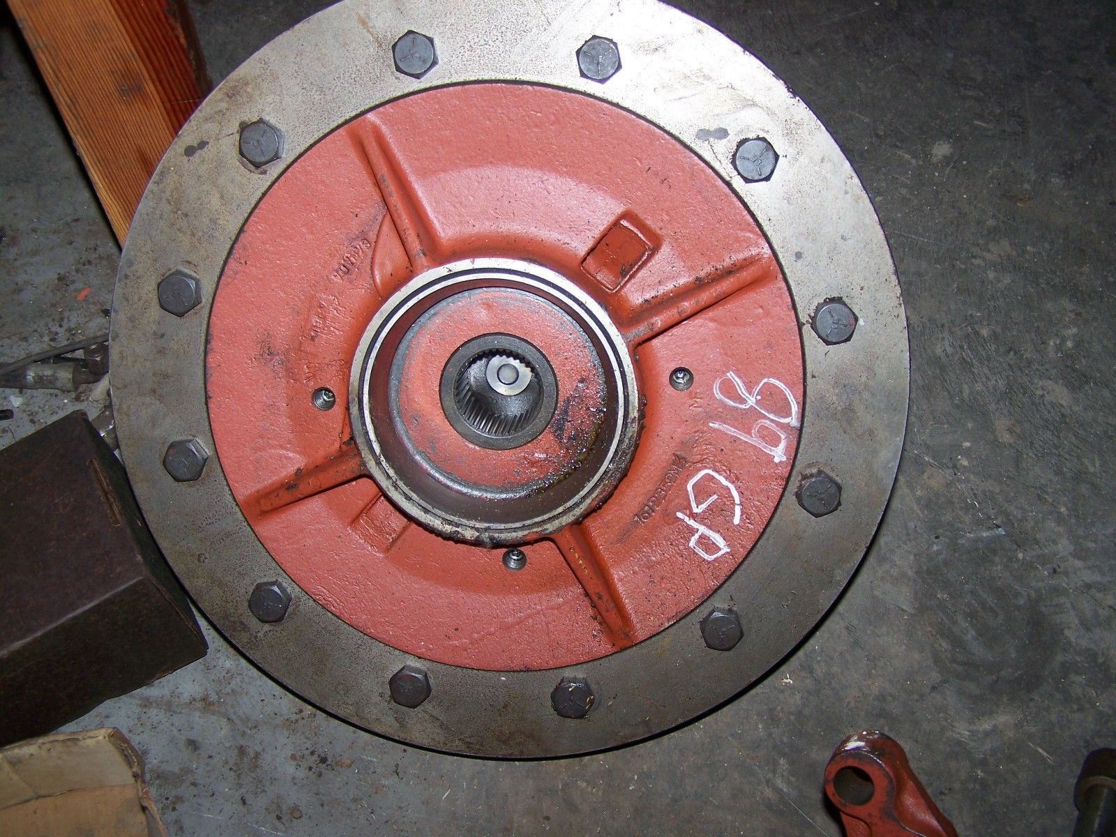 Massey Ferguson 2775 Differential Case 1612352M4