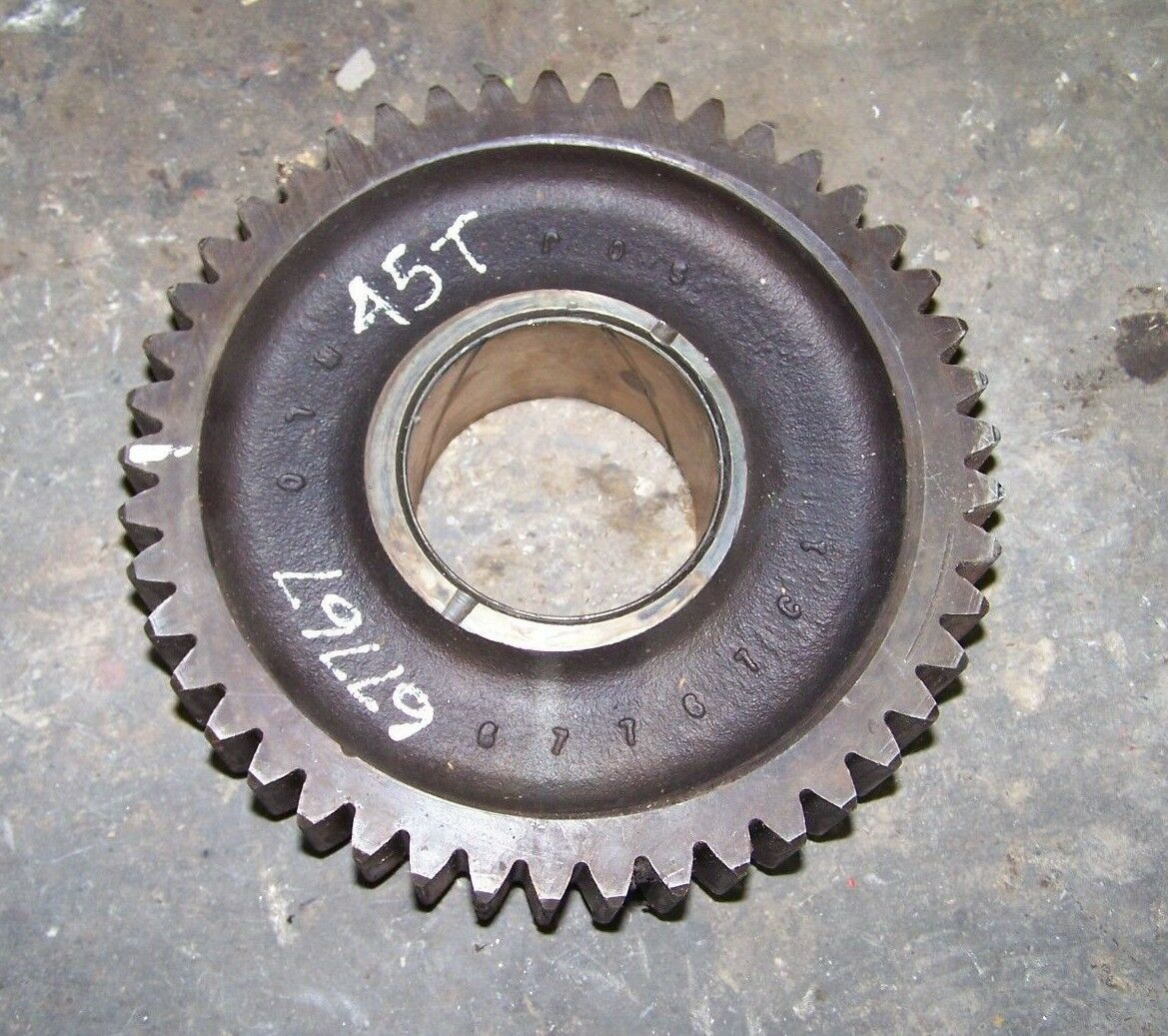 CASE IH 1566 1568 1586 3588 3788 6588 6788 Hi Low Driven Gear 45T 67766C1