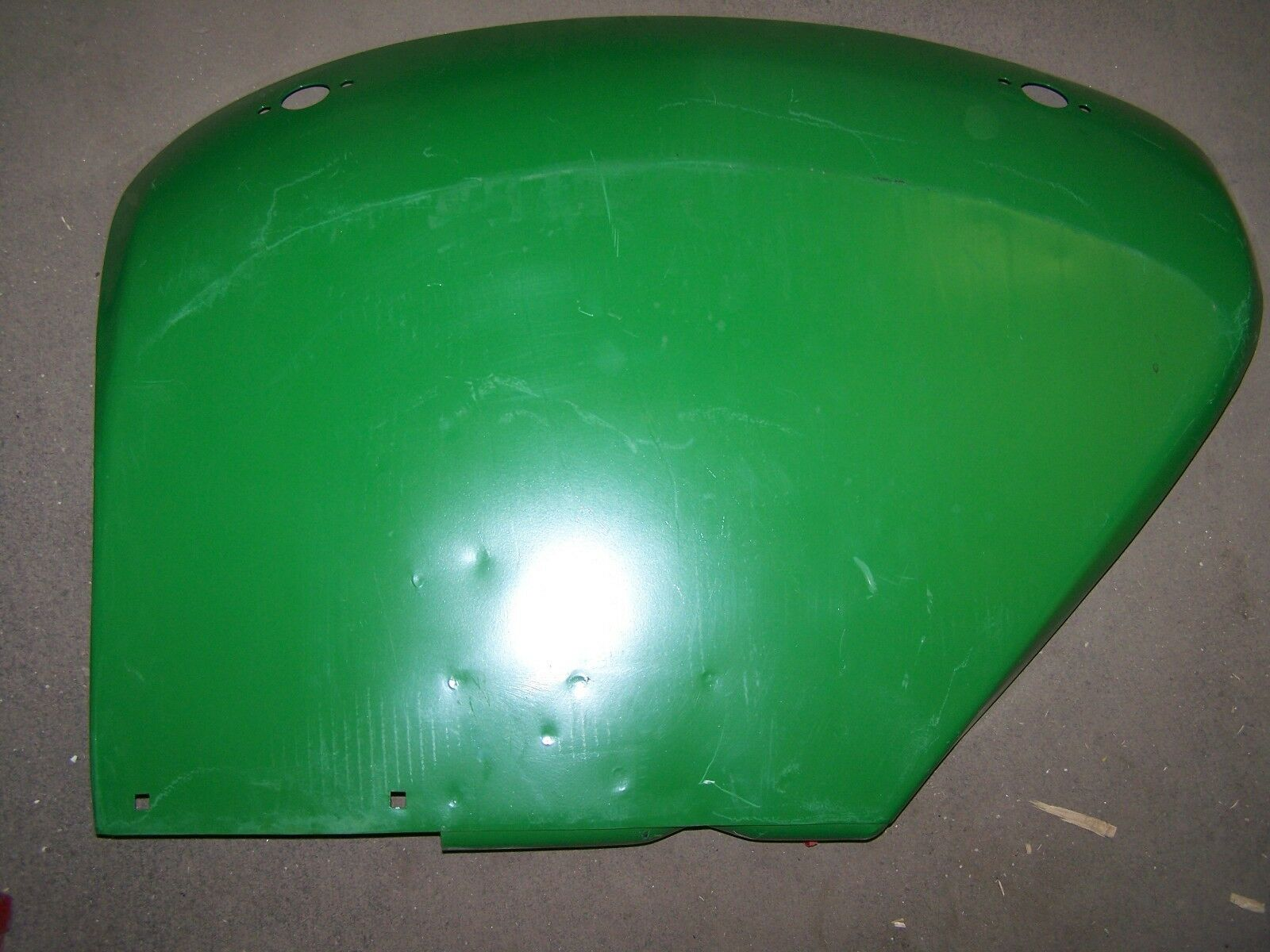 John Deere RH Fender AT20777 AL28584