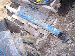 Ford New Holland 8630 Drive Shaft F1NN3A425AA