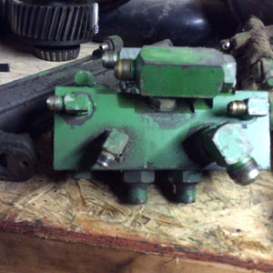 John Deere Steering Valve With Fittings AR77223 For 84330 8639 8440 8640 8450 ++