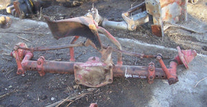 INTERNATIONAL 806 Front Axle/Front End
