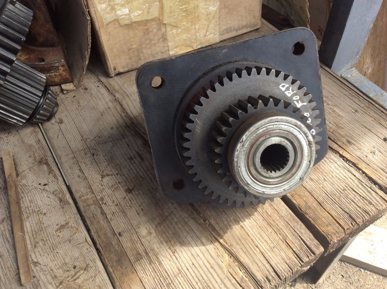 Ford-New Holland PTO Drive Gear C7NN745A & Retainer C7NN760A