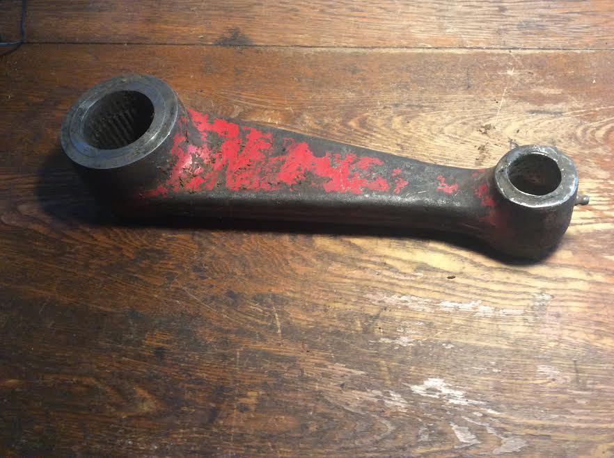 Case-IH Rockshaft Arm 389354R11  for 656