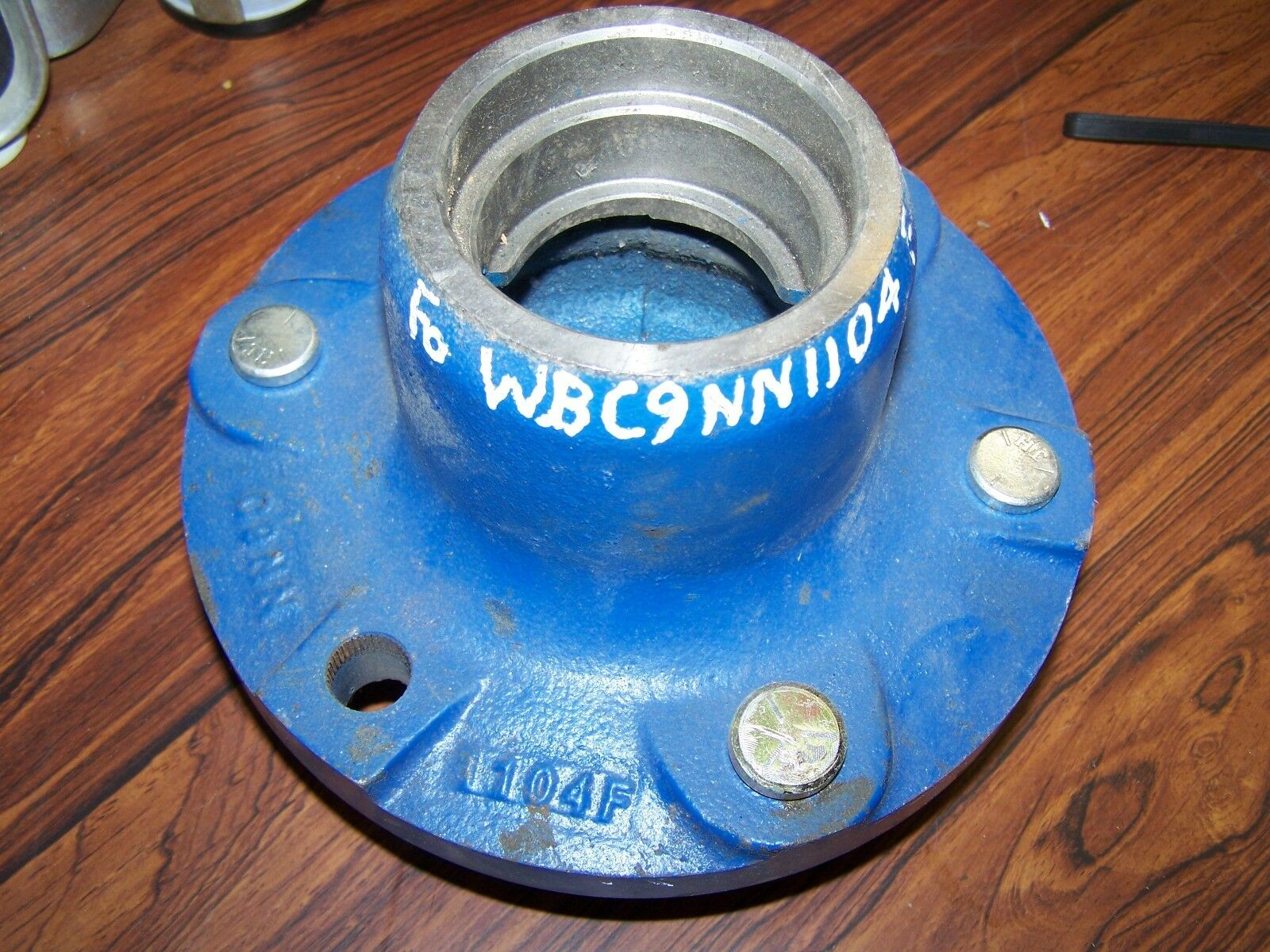 Ford New Holland Front Hub C9NN1104F