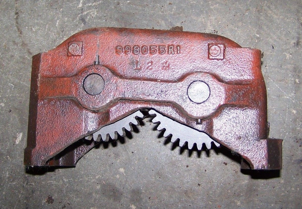 INTERNATIONAL IH 464 574 Balancer Assembly 398055R Straight Teeth