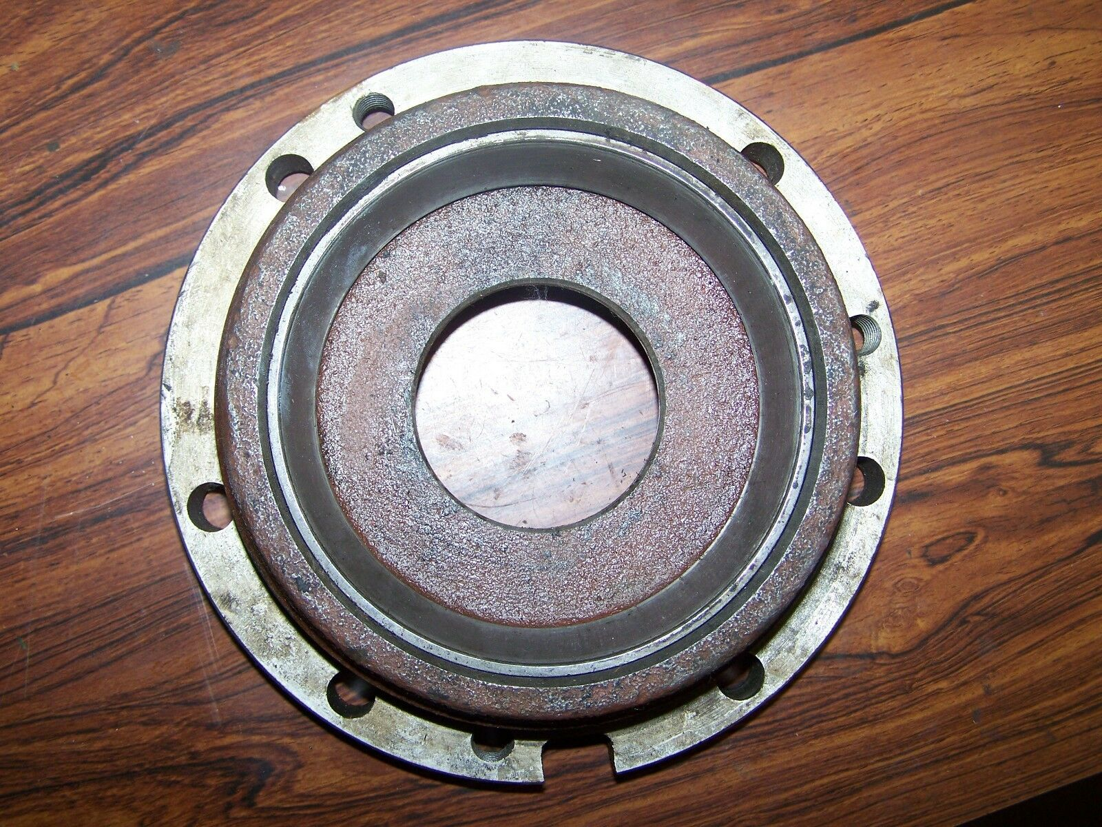 Case IH 886 RH Transmission Differential Bearing Retainer 68686C1