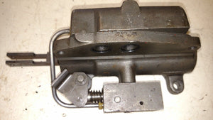 IH Farmall 656 544 Tractor 3 Point Hitch Valve  389583R95