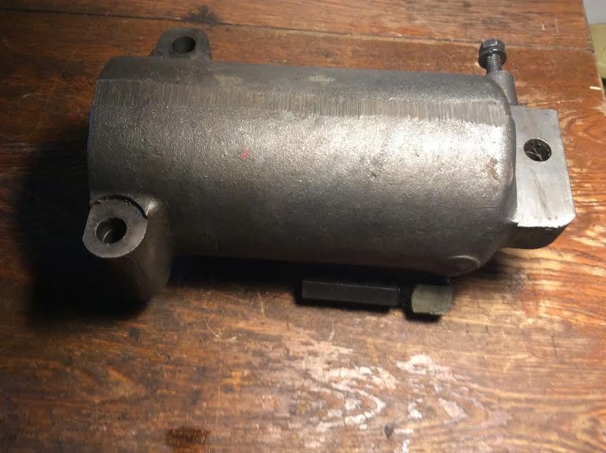 Case IH  Draft Control Cylinder 389576R1  for 656